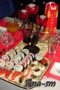 Новогодний стол. Суши.