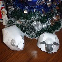 Символ наступающего Нового года - коза (овца) из бумаги